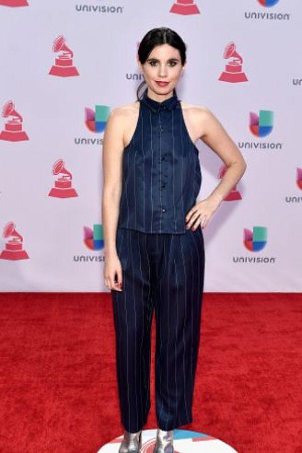 """Javiera Mena quiso ser """"distinta"""" pero con los materiales más baratos posibles. Foto:vía Getty Images"""