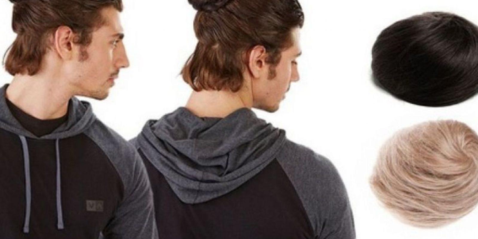 Lumbersexuales y hipsters están familiarizados con este peinado que logra mantener gran parte o el cabello completo en una bolita sobre la cabeza. Foto:Vía Bonamart/Groupon
