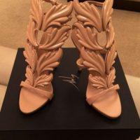 Sus zapatos favoritos son los del diseñador francés Christian Louboutin Foto:vía instagram.com/missale_xo