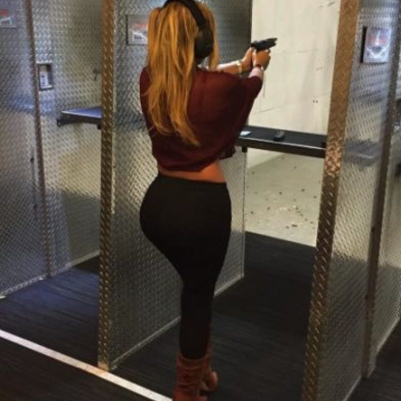 La hija de Laura Bozzo disfruta sus clases de tiro. Foto:vía instagram.com/missale_xo