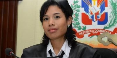 Fiscalía allana residencia de la jueza suspendida Awilda Reyes