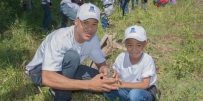 Realizan jornada de reforestación en Monte Plata