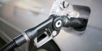 Las gasolinas, el GLP y el gas natural se mantienen al mismo precio; bajan los demás combustibles