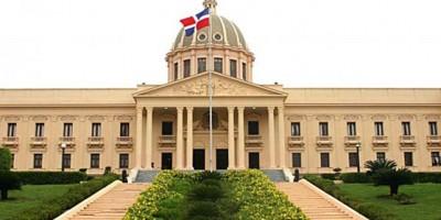 Reelección, crisis con Haití y buena economía marcaron 2015 en R.Dominicana