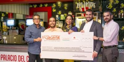 Color Vibe 5K entrega donativo a FACCI