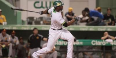 Estrellas empatan en la cima del béisbol dominicano
