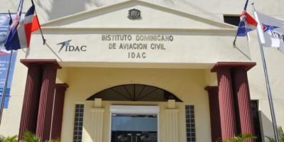 El IDAC denuncia interferencias a aeronaves usando rayos láser