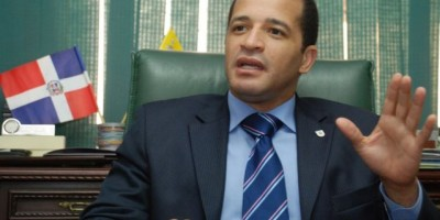 La embajada de Francia lamenta el asesinato del alcalde Juan de los Santos