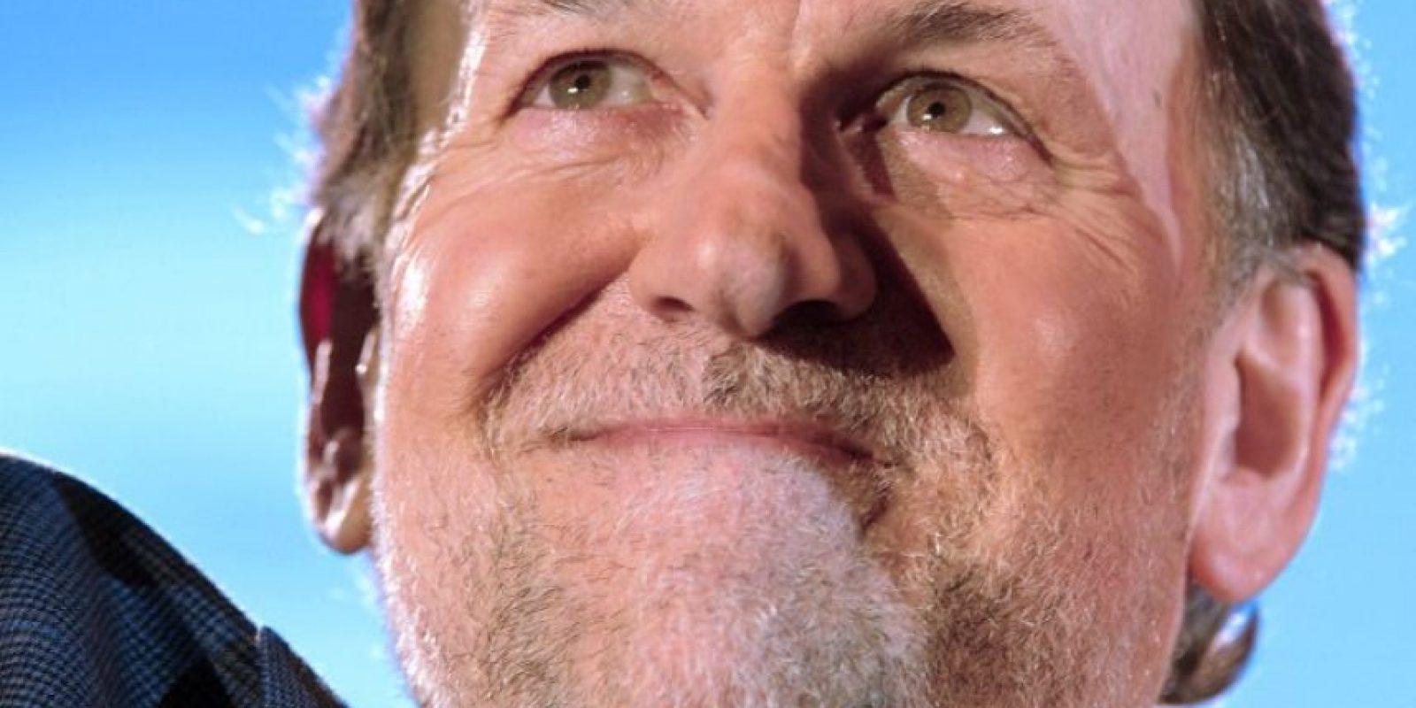 Mariano Rajoy, presidente actual y candidato a reelegirse, también llegó a la sede nacional de su partido, el PP. Foto:AFP
