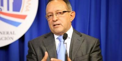 Ministro entrega 1.2 millones Junta Regantes Río Camú para mejora producción