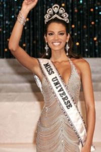 Zuleyka Rivera fue Miss Universo en 2006, con solo 18 años. Foto:Getty Images