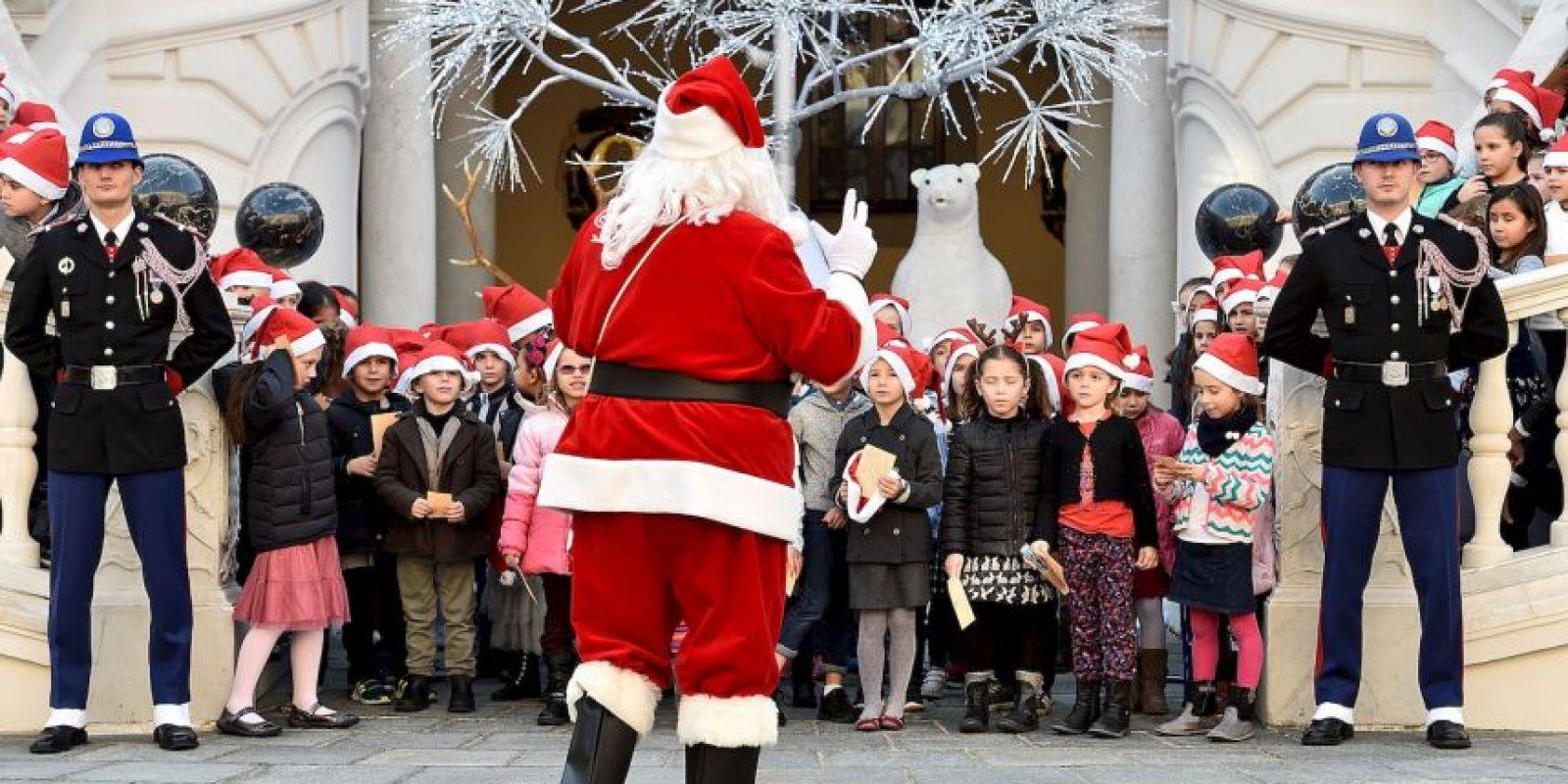 """Con tantos gastos, """"Santa""""decidió robar. Foto:Getty Images"""