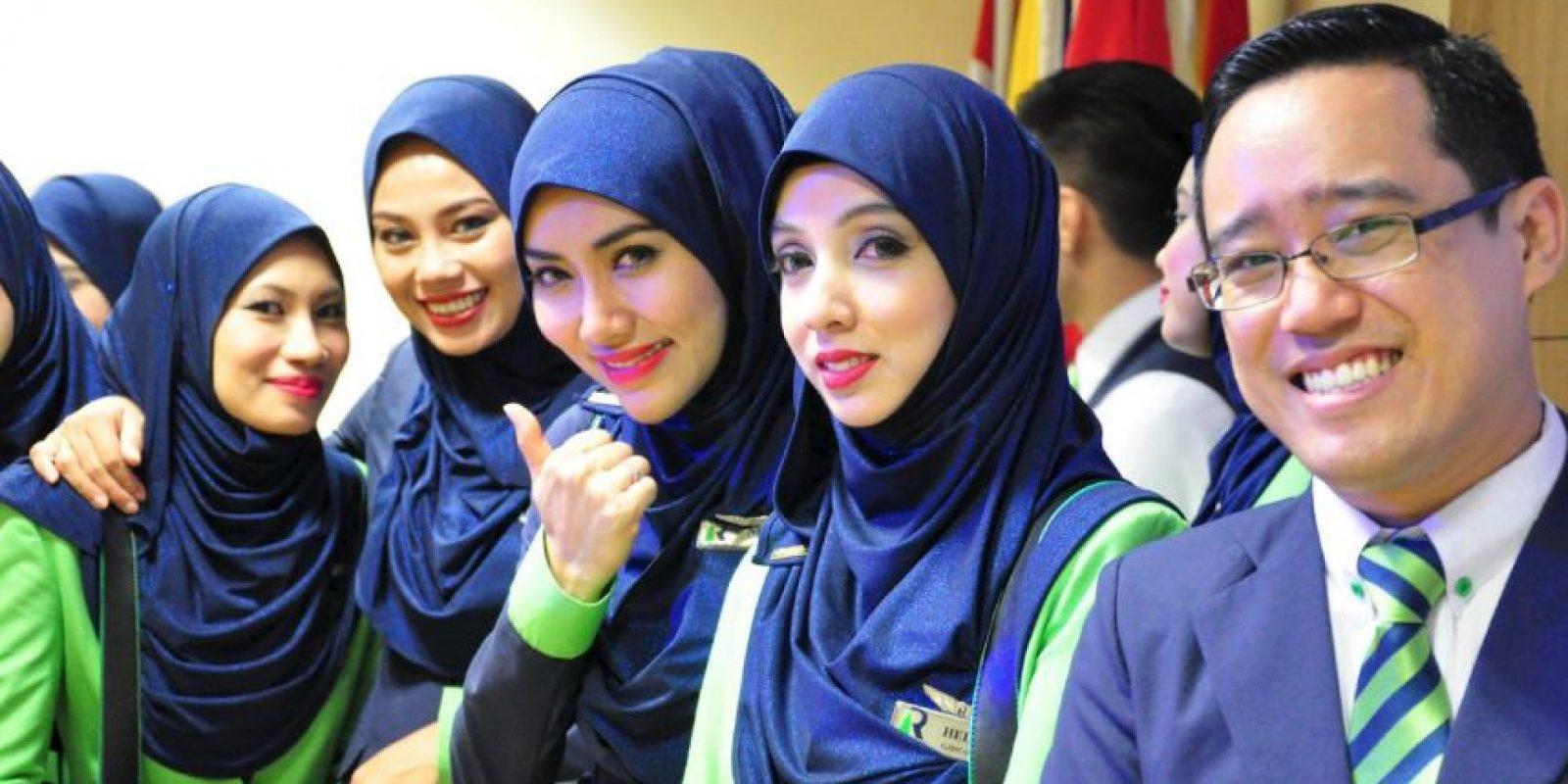 La cual prohibe a sus creyentes el consumo de distintos productos. Foto:Vía facebook.com/OfficialRayaniAir