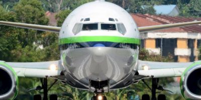 Rayani Air es la nueva aerolínea basada en la ley islámica de la Sharia Foto:Vía facebook.com/OfficialRayaniAir