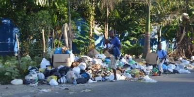 Exigen intervenir San Cristóbal por crisis en recogida de basura