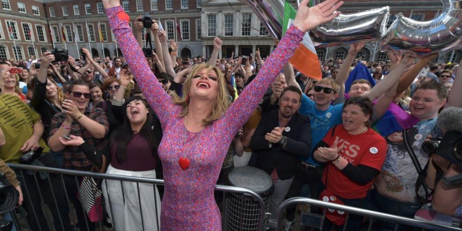 En 1989 se convirtió en la primera nación en reconocer las uniones entre parejas del mismo sexo. Además, Copenhague es la ciudad con el bar gay más antiguo de Europa: Centralhjornet, que data de la década de los años 50. Foto:Getty Images