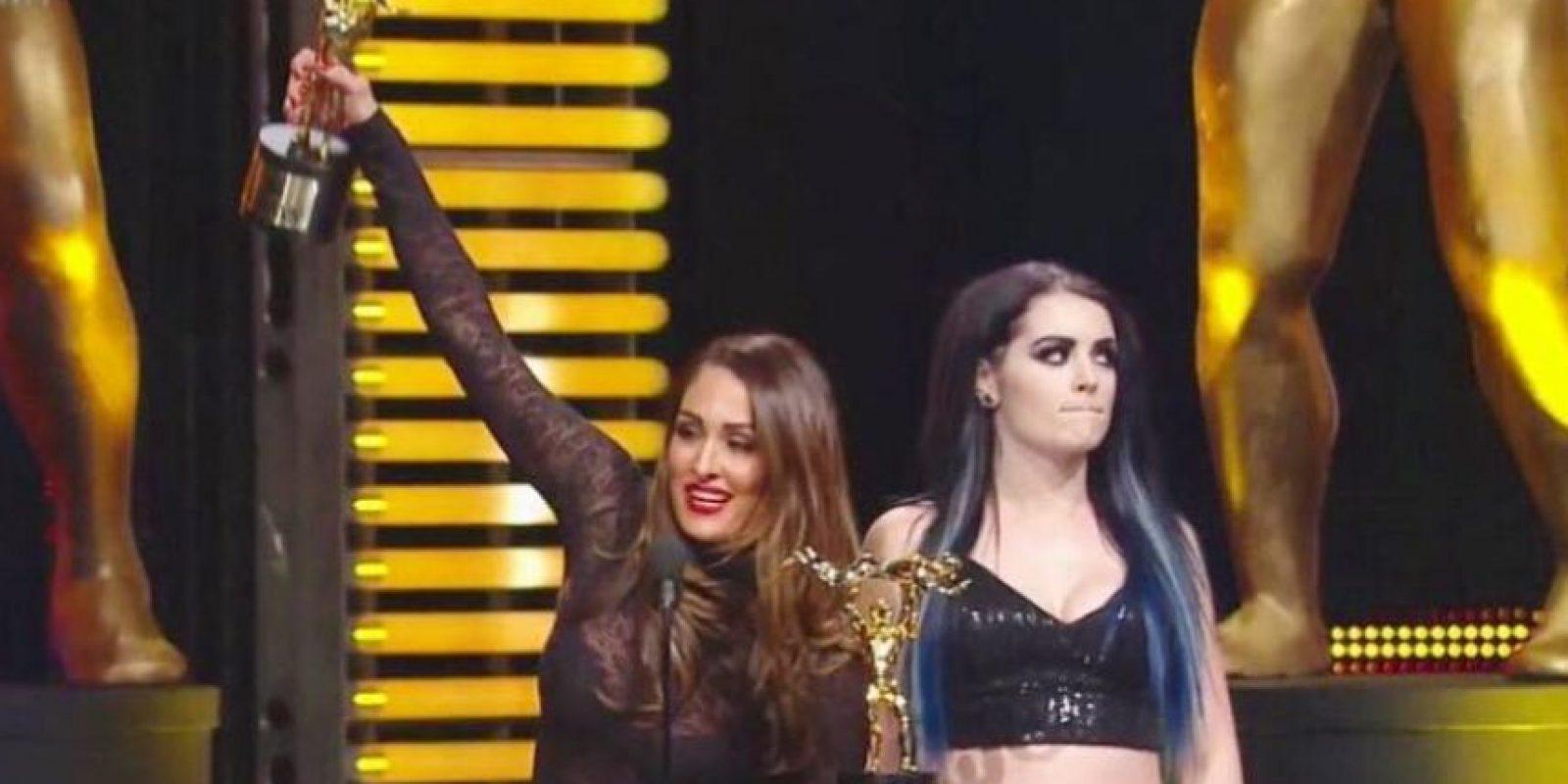 La WWE realizó una parodia de lo que ocurrió en Miss Universo Foto:Vía instagram-com/thenikkibella