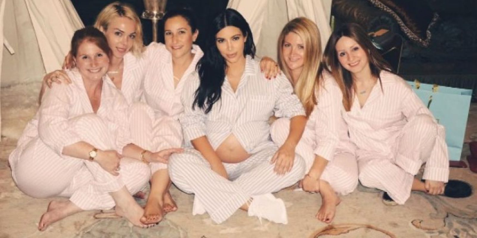 Y ahora Kim Kardashian y Kanye West recibieron a su segundo hijo, quien se llama Saint West. Foto:Instagram/kimkardashian