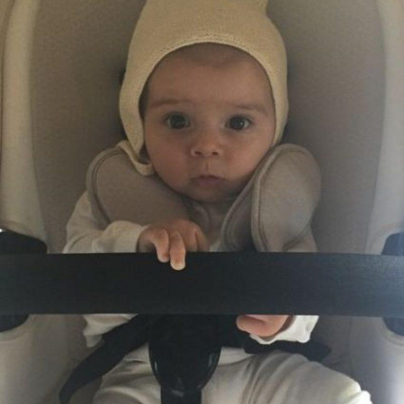 Nacio el 14 de diciembre, igual que su hermano mayor Mason. Foto:Instagram/kourtneykardash