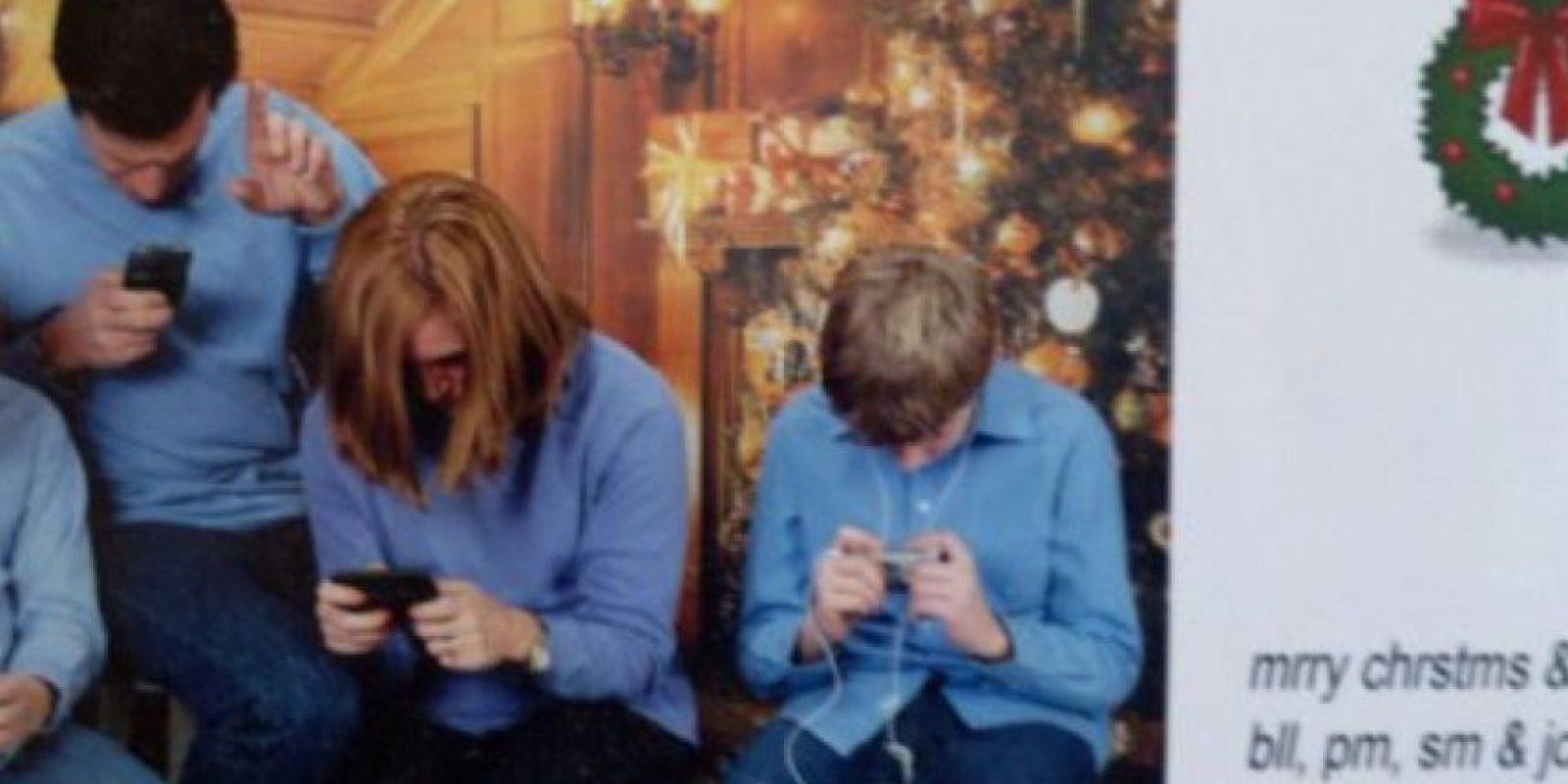 Alquien que los rescate a ellos. Foto:Awkward Family Photos