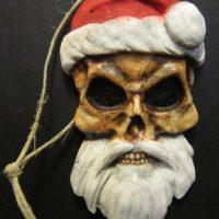 Santa está muerto niños. Y se los comerá. Foto:Etsy