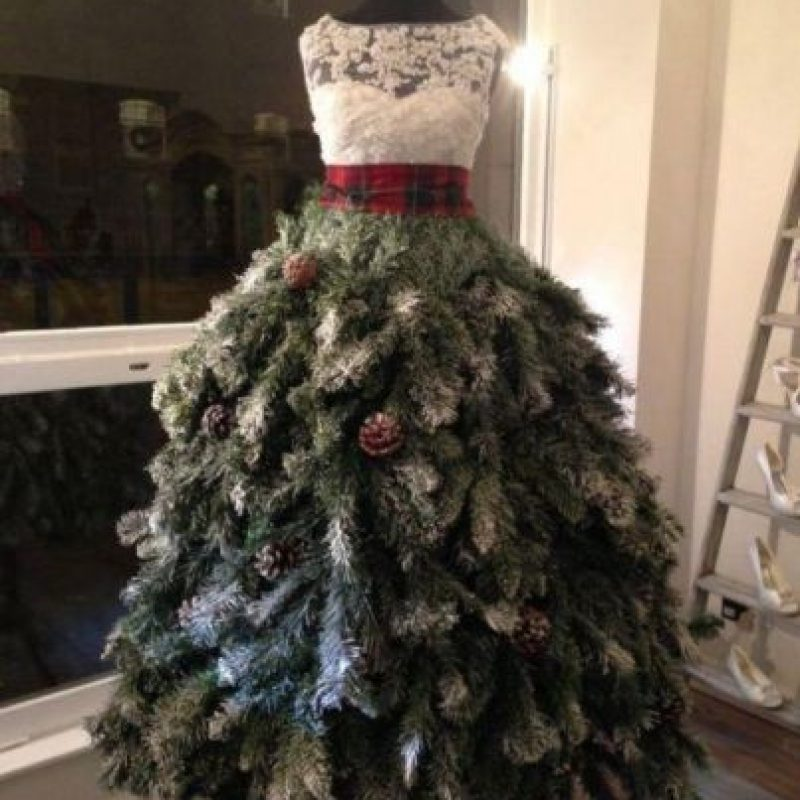 Lindo vestido navideño Foto: Know Your Meme