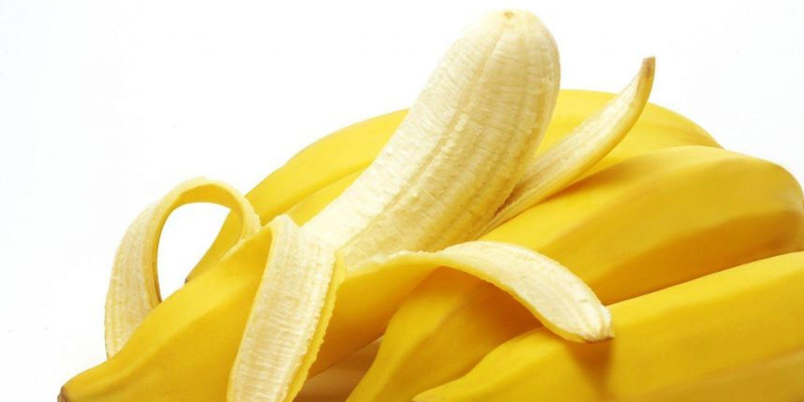 Guineo. Las propiedades energéticas de esta fruta vienen gracias a las altas cantidades de potasio que contiene. Desayunar con guineo no solo te pondrá pilas, sino que te mantendrá alerta. Foto:Fuente Externa