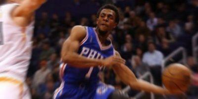 Philadelphia gana su segunda victoria de la temporada y se coloca con un balance de 2–30