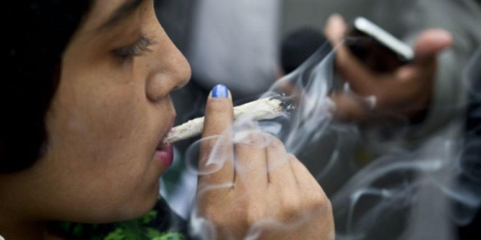 Pero no considera el consumo como un delito, sino más bien como una enfermedad que necesita de tratamiento y rehabilitación. Foto:Getty Images