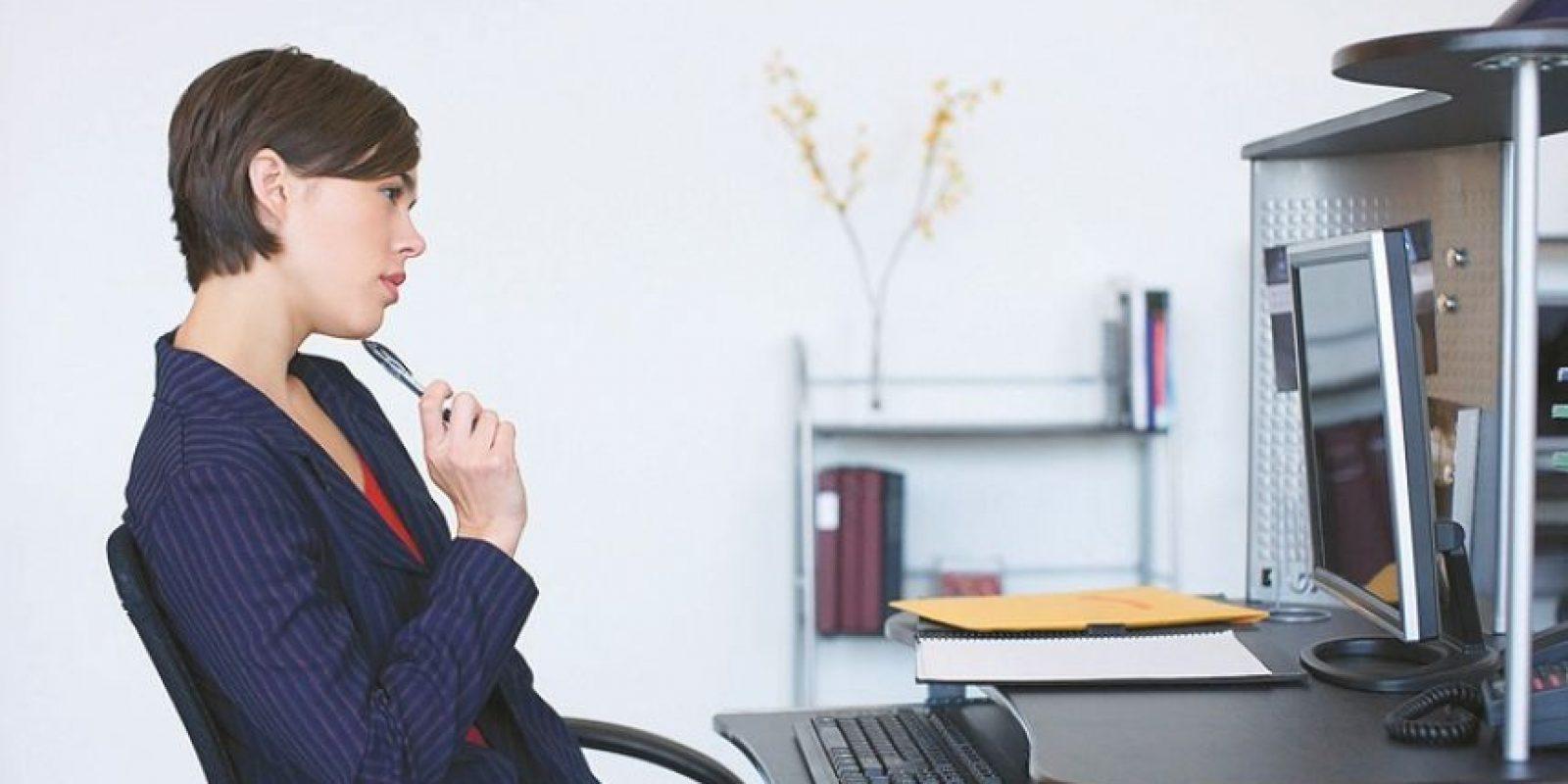 """3- Miedo a perder la ilusión. Llevo 20 meses pensando que trabajo en otra empresa; en mi mente ya soy el jefe y gano el doble, pero ni siquiera mandé el CV, porque """"qué tal si pierdo hasta la ilusión""""."""