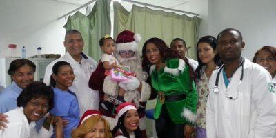 Marcel realiza entrega de juguetes en el hospital  General  Dr. Vinicio Calventi