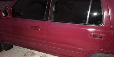 Hombre muere al quedar atrapado debajo de jeepeta que reparaba en Villa Mella