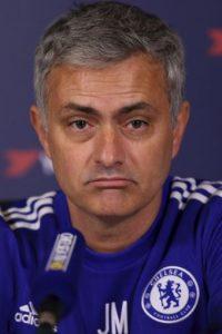 """Luego de que """"Mou"""" dejará las filas del Chelsea, el holandés Guud Hiddink llegó al timón Foto:Getty Images"""