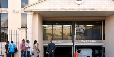 Ratifican prisión preventiva en contra de tres implicados en caso de la Oisoe