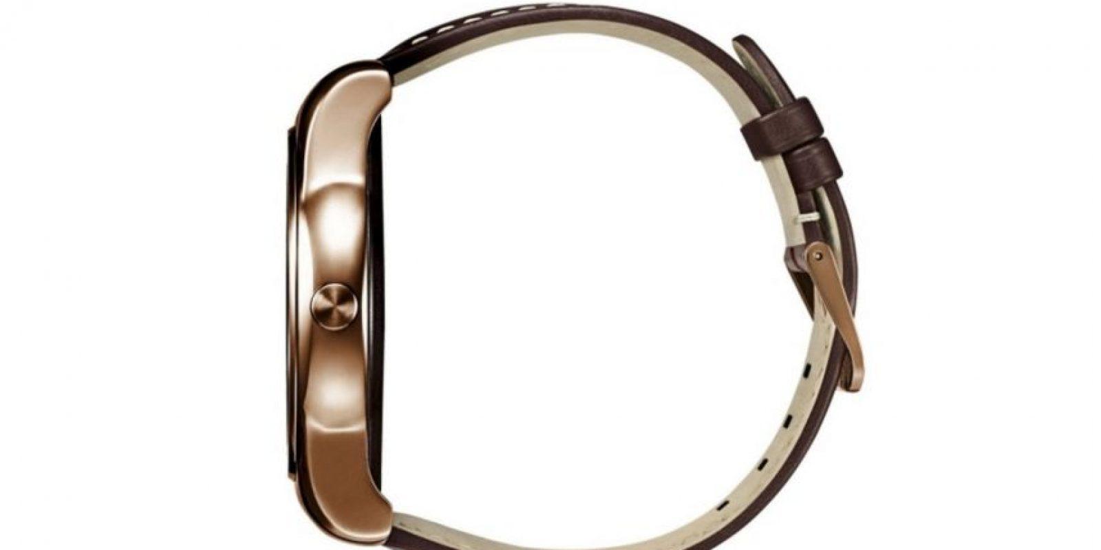 Tiene una pantalla circular completa, batería de 410 mAh, es resistente al agua y el polvo y pesa únicamente 66.5 gramos. Foto:LG