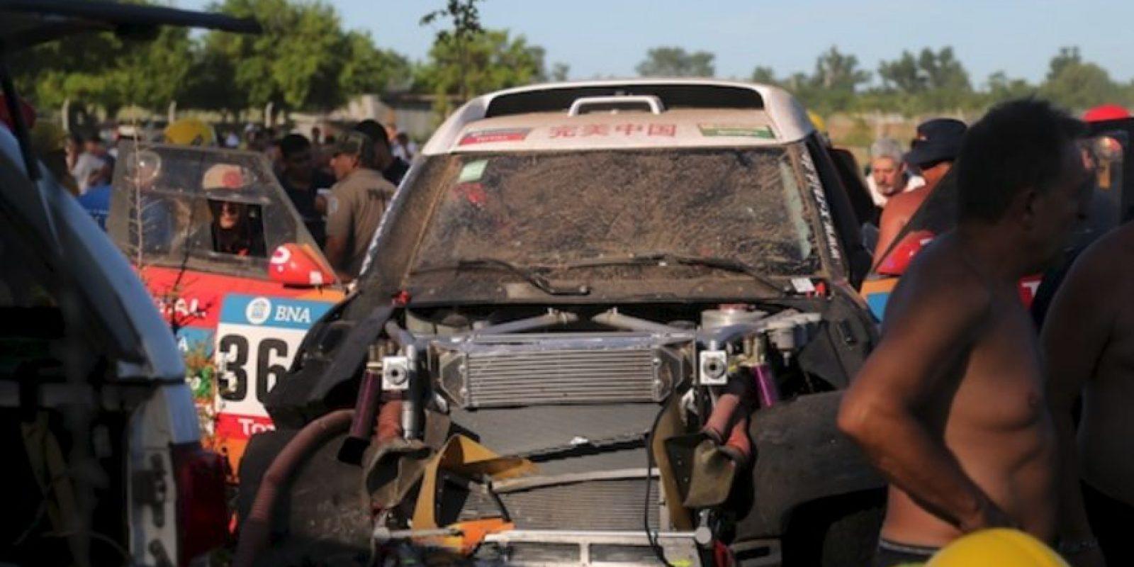 El auto que se estrelló. Foto:AP