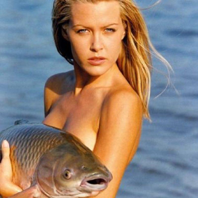 La idea del calendario alemán era atraer a los hombres aficionados a las mujeres y a la pesca. Foto:Vía Twitter