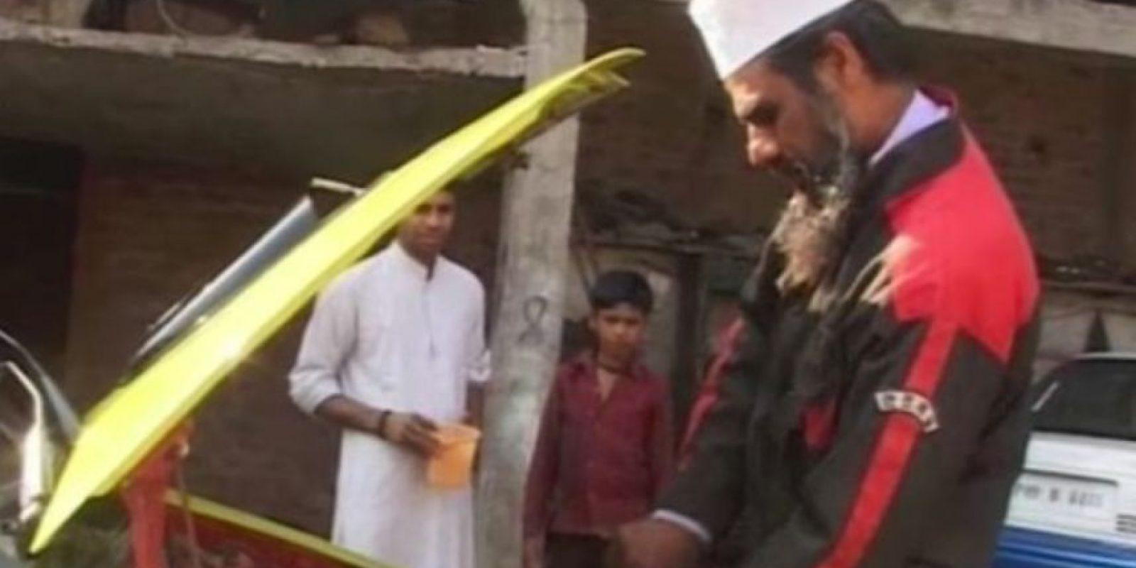 El mecánico Mohammad Raees Markani logró hacer funcionar un auto con agua, pero no ha sido el único que logro hacer modificaciones. Foto:Vía Youtube