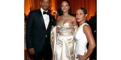 """Rihanna: La cantante está de regreso con su Anti World Tour, para acompañar a su -todavía por ser lanzado- álbum de estudio """"Anti"""", su tan esperado octavo LP, que ha sido golpeado por numerosos retrasos. Para su próximo álbum, Rihanna colaboró con Kanye West y Paul McCartney."""