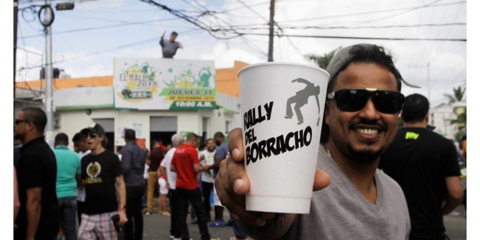 La música, la alegría y el alcohol se dejaron sentir desde el inicio del Rally. Foto:Fotos: Roberto Guzmán
