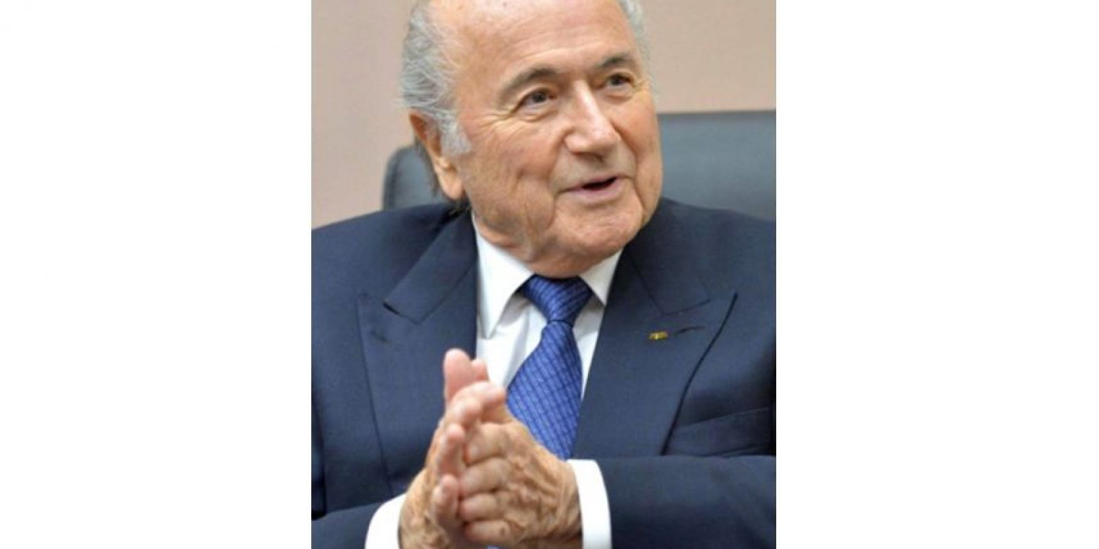 Sepp Blatter: Si 2015 fue un mal año para el jefe de la FIFA, 2016 podría ser aún peor. Un caso judicial contra el asediado jefe del organismo rector del fútbol con cargos de soborno se vislumbra, mientras que la votación del 26 de febrero elegirá al nuevo jefe de la FIFA. Blatter fue suspendido por 8 años junto a Michel Platini y no podrá ejercer cargos en el organismo.