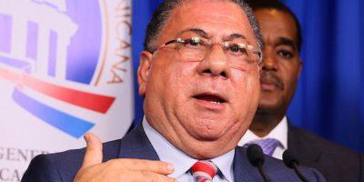 Ministro de Interior recuerda el viernes vuelve restricción a venta alcohol