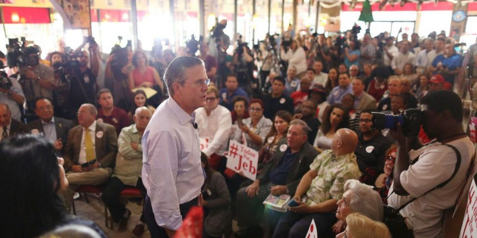Ahora, Jeb Bush es el quinto candidato. Donald Trump lo supera por más de 30 puntos porcentuales Foto:Getty Images