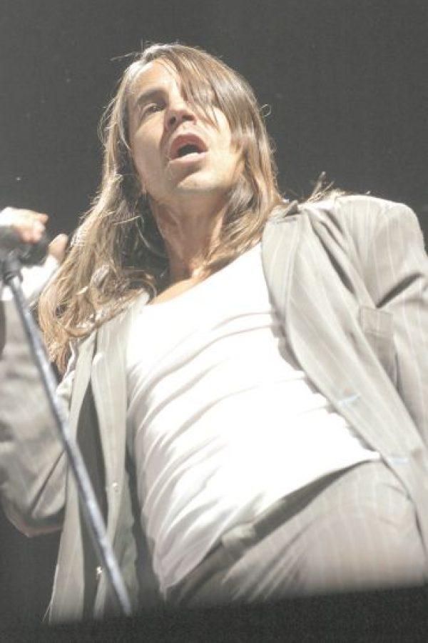 """4- Red Hot Chili Peppers. """"I'm with you"""" de 2011 fue el último álbum que estrenó la banda, y el bajista del grupo, Flea, a través de su cuenta en Twitter anunció que están trabajando con nuevas personas, terminando así con la histórica participación de Rick Rubin en la discografía del conjunto, la que se inició en 1991 con Blood Sugar Sex Magik: """"Comenzando el periodo de grabación. Danger Mouse produciendo… Nos vemos pronto"""". Tampoco hay fecha estimada de lo que se espera sea un nuevo disco. Foto:Archivo"""