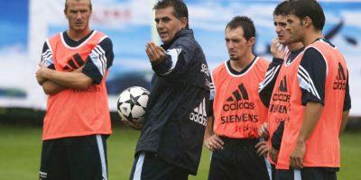 Llegó en junio de 2003 como sucesor de Del Bosque y fue el primer entrenador fichado por Florentino Pérez. Firmó hasta junio de 2005, pero fue despedido tras un año de contrato y recibió un finiquito de un millón 350 mil euros. Foto:Getty Images