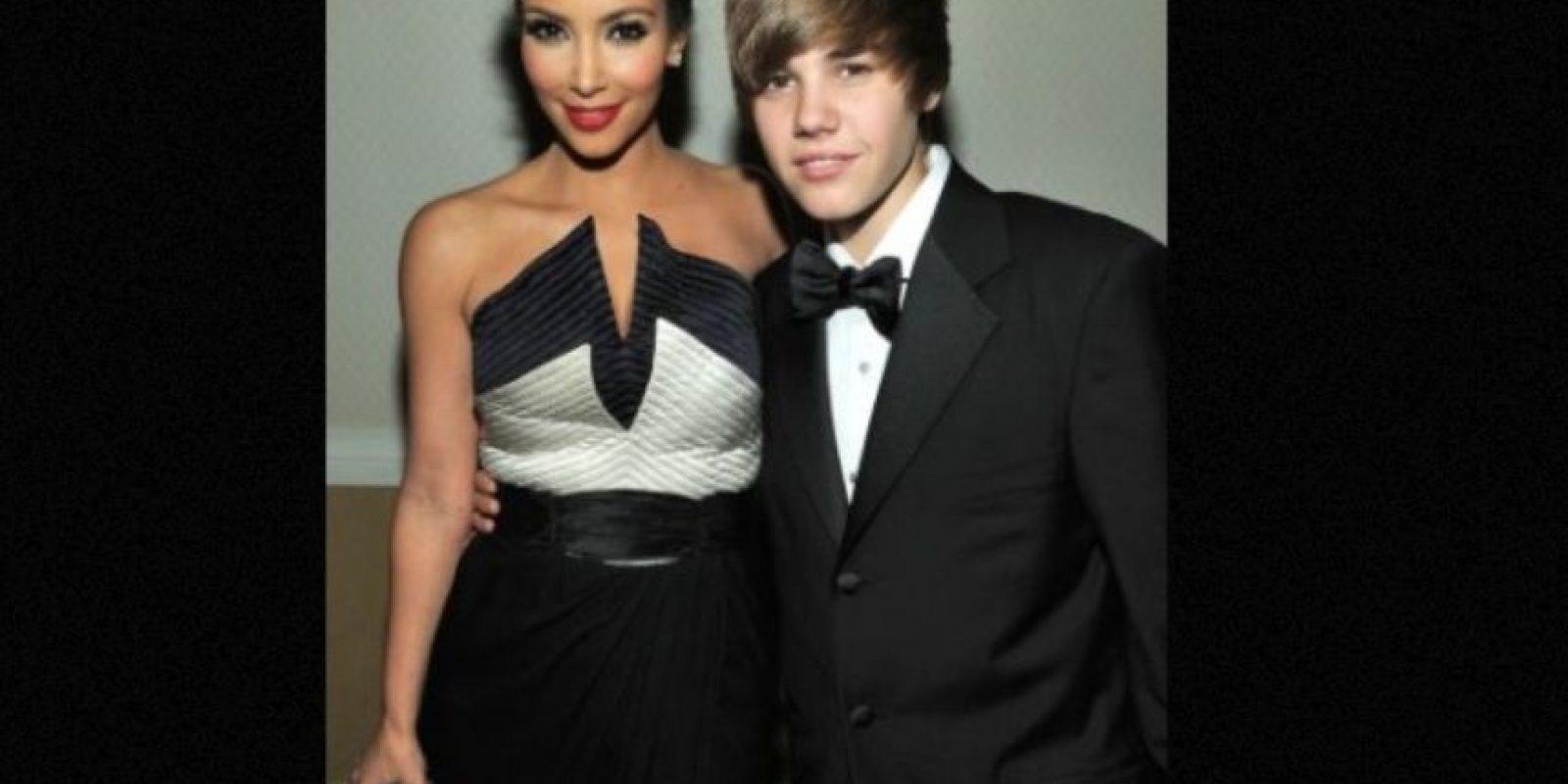 El cantante canadiense es amigo de años de la famosa familia. Foto:vía Getty Images