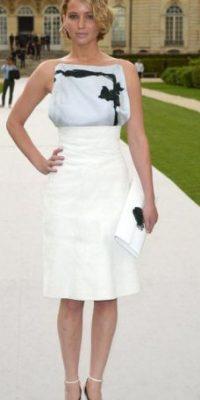 Luego de esto, fue famosa por su caída con un Dior al recibir su propia estatuilla. Foto:vía Getty Images