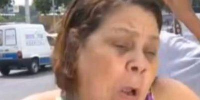 Robaron cadena a mujer durante entrevista en la televisión brasileña. Foto:vía Toutube.com