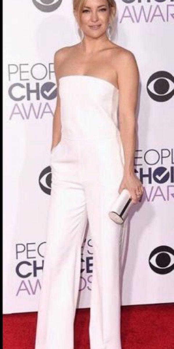 Por cinco Kim Kardashian deberían existir 10 Kate Hudsons. Porque solo ella sabe cómo lucir para cada evento. Foto:vía Getty Images
