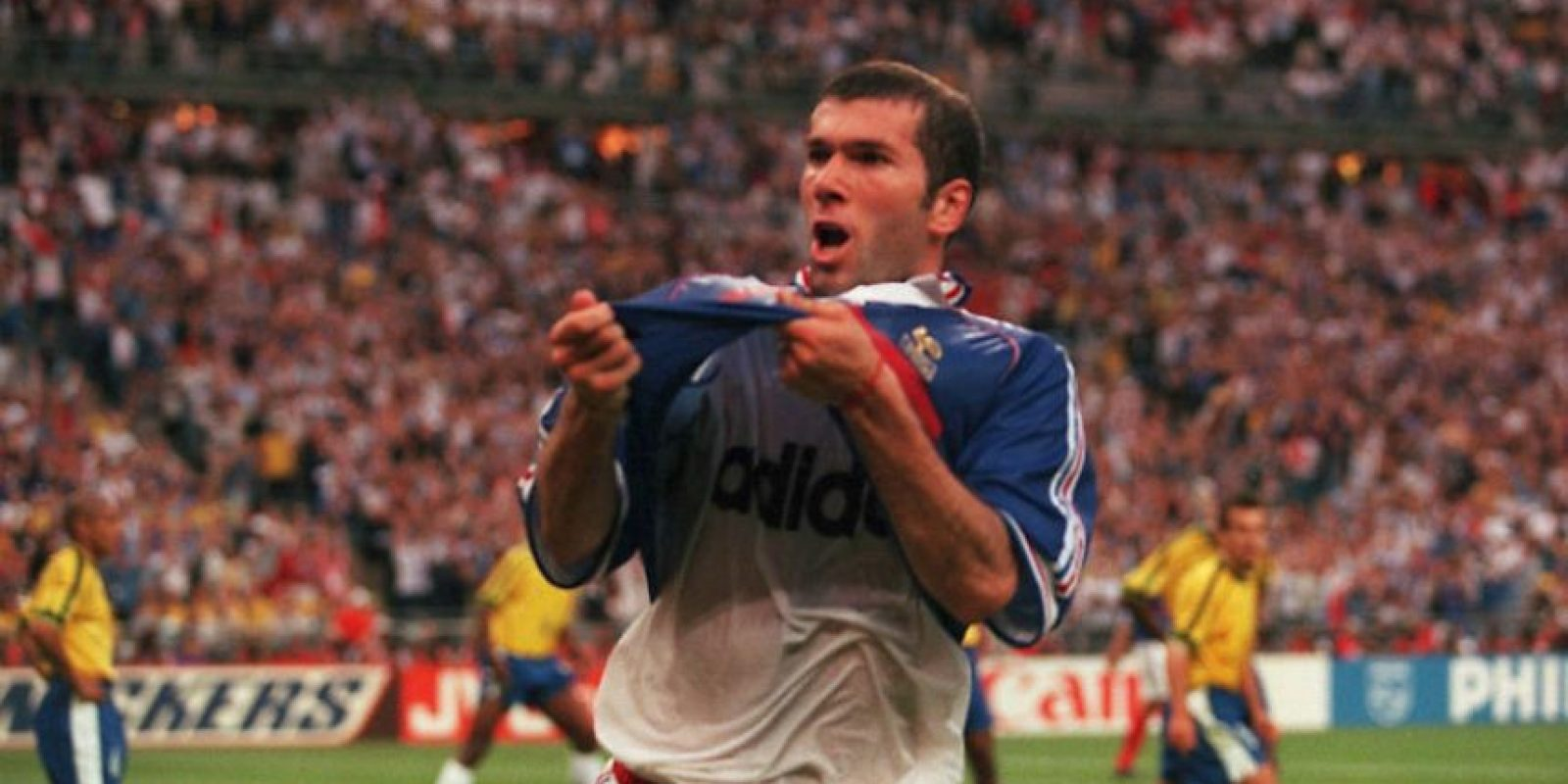 1. Zidane y Francia se coronan en el Mundial de 1998 Foto:Getty Images